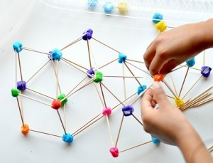 rainbow-engineering-with-marshmallow-structures3